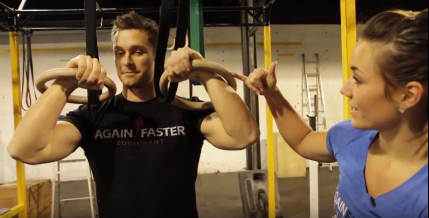 Trouver la bonne position pour ses poignets pendant un muscle up
