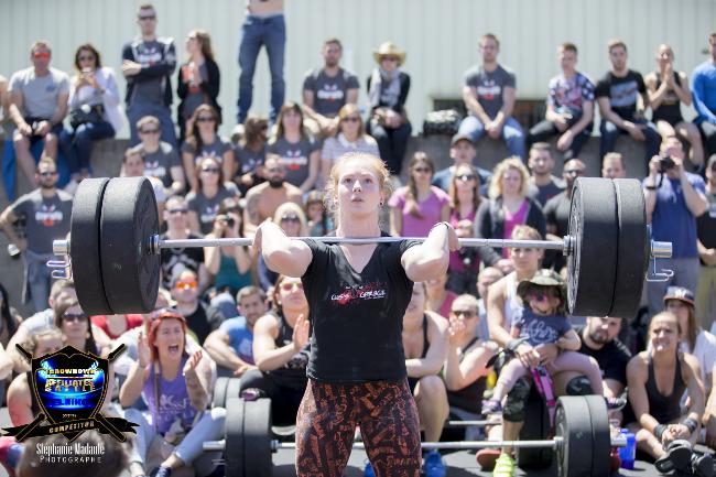4 raisons qui font que les box de CrossFit ont besoin de plus de coaches Femmes !