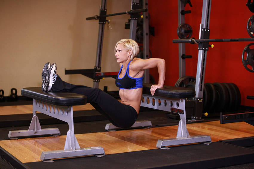 5 EXERCICES POUR RENFORCER VOS TRICEPS