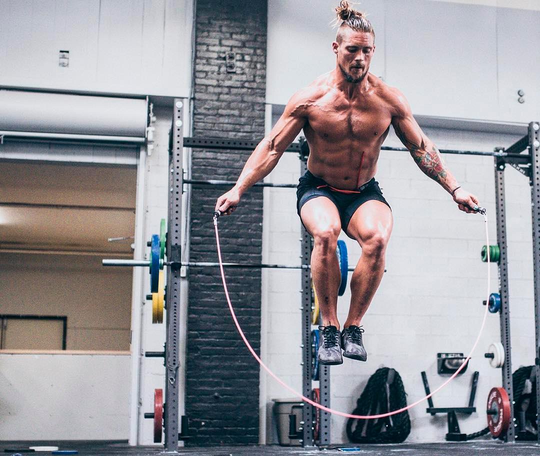 11 raisons pour lesquelles je suis torse nu quand je fais du CrossFit (Partie 2)