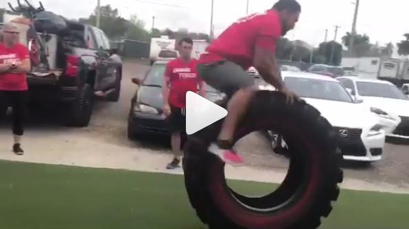 Quand les pneus de tracteur se transforment en agrès multi-exercice