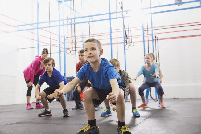 Le CrossFit, une activité physique pour des enfants en bonne santé