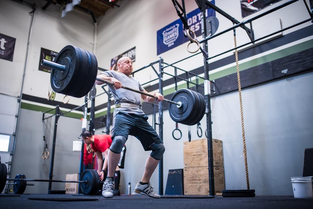 Garder la barre près du corps : 3 grosses erreurs commises par les CrossFitters
