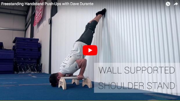 Perfectionnez vos handstand push-ups avec l'expert Gym Dave Durante