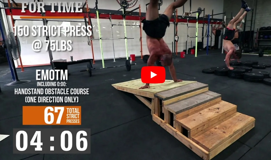 Un gros WOD de Jacob Heppner – Strict press et Handstand walk !