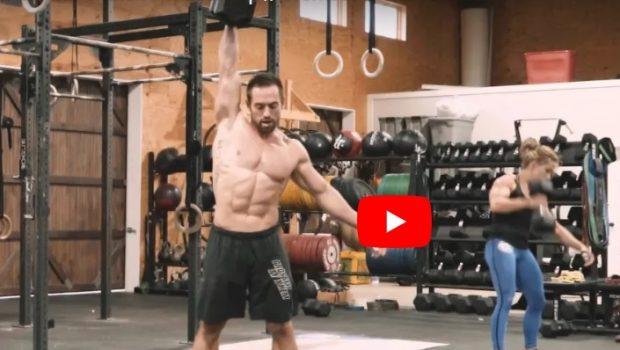 Un entraînement avec Rich Froning : GHD + DB Snatch + Muscle Up !