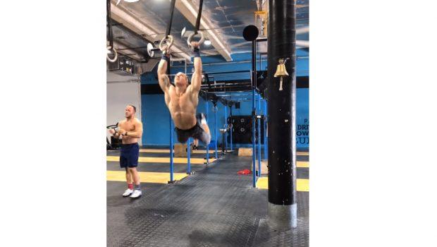 20 Muscle-ups rings + 20 MU bars unbroken pour Noah Ohlsen !