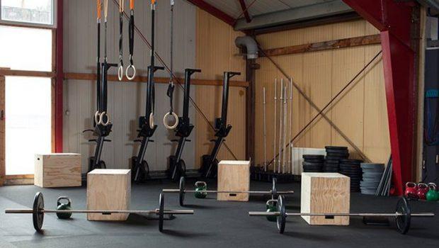 Les équipements indispensables pour parfaire votre routine CrossFit ®* chez vous !