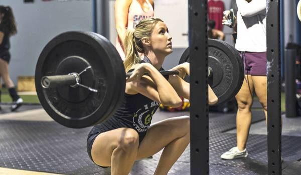 Les Front Squats : une véritable source de renforcement pour le dos !