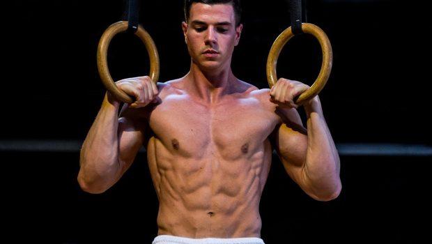 5 choses obligatoires à maîtriser avant de faire un ring muscle-up !