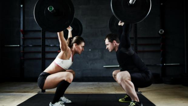 4 façons d'améliorer votre mobilité et soulever plus lourd en overhead !