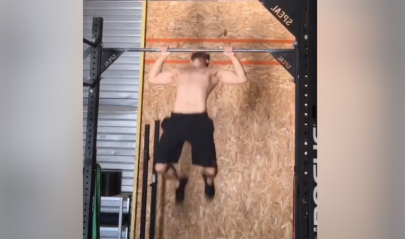 Robin Favretto : 21-15-9 Butterfly Pull-Up – Chest To Bar Pull-Up – Bar Muscle-Up… Unbroken !
