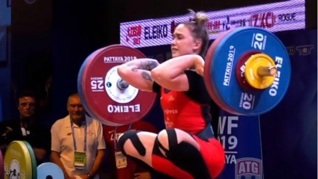 Technique parfaite ! Regardez le clean and jerk à 118 kg de Rebeka Koha !
