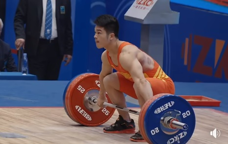 Superbe snatch à 165 kg pour Shi Zhi Yong !