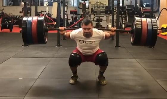 6 X 200 kg en back squat pour Alexandre Jolivet !